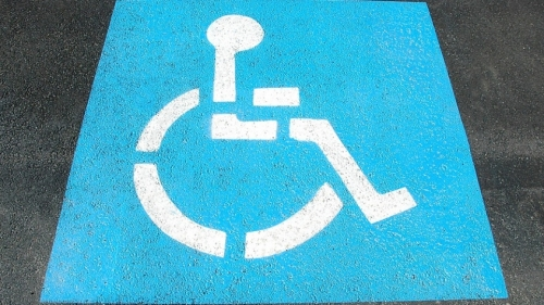 painted-disable-sign-street-handicap-parking-2328893-845x475.jpg