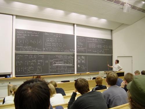 Mathematics_lecture_at_the_Helsinki_University_of_Technology.jpg